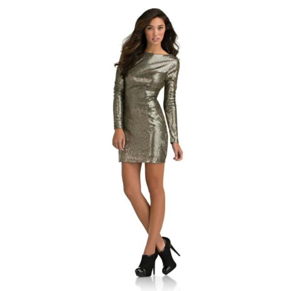 f4418a6a77799 FIRST LOOK  KARDASHIAN KURVES PLUS SIZE COLLECTION FOR SEARS ...