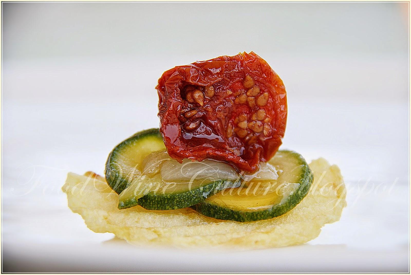 Rustica San Carlo con Zucchine, Cipolla Bianca e Pomodorino Pachino DOP essicato al Balsamico di Modena IGP