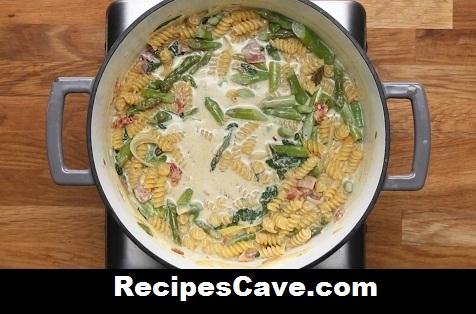 Pasta Recipe with Chicken Bacon