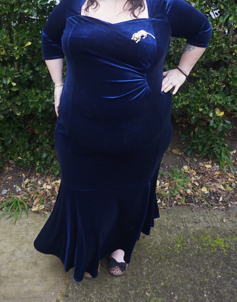 Scarlett and Jo Fishtail Velvet Maxi Dress in Midnight, deep navy plus size dress occasion dress Christmas dress, party dress, ball gown, white tie event, races, Ascot