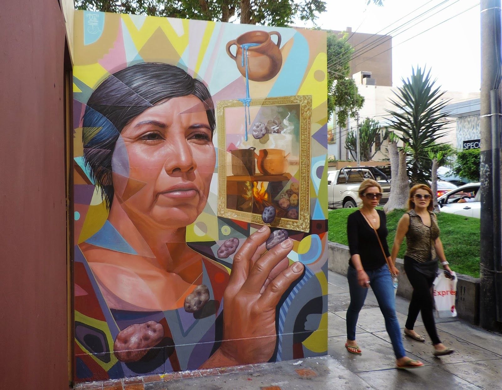"El Decertor is back in the Miraflores district of Lima in Peru where he just wrapped up a brand new piece entitled ""Illusion"""