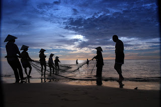 Fishers and angling laborers