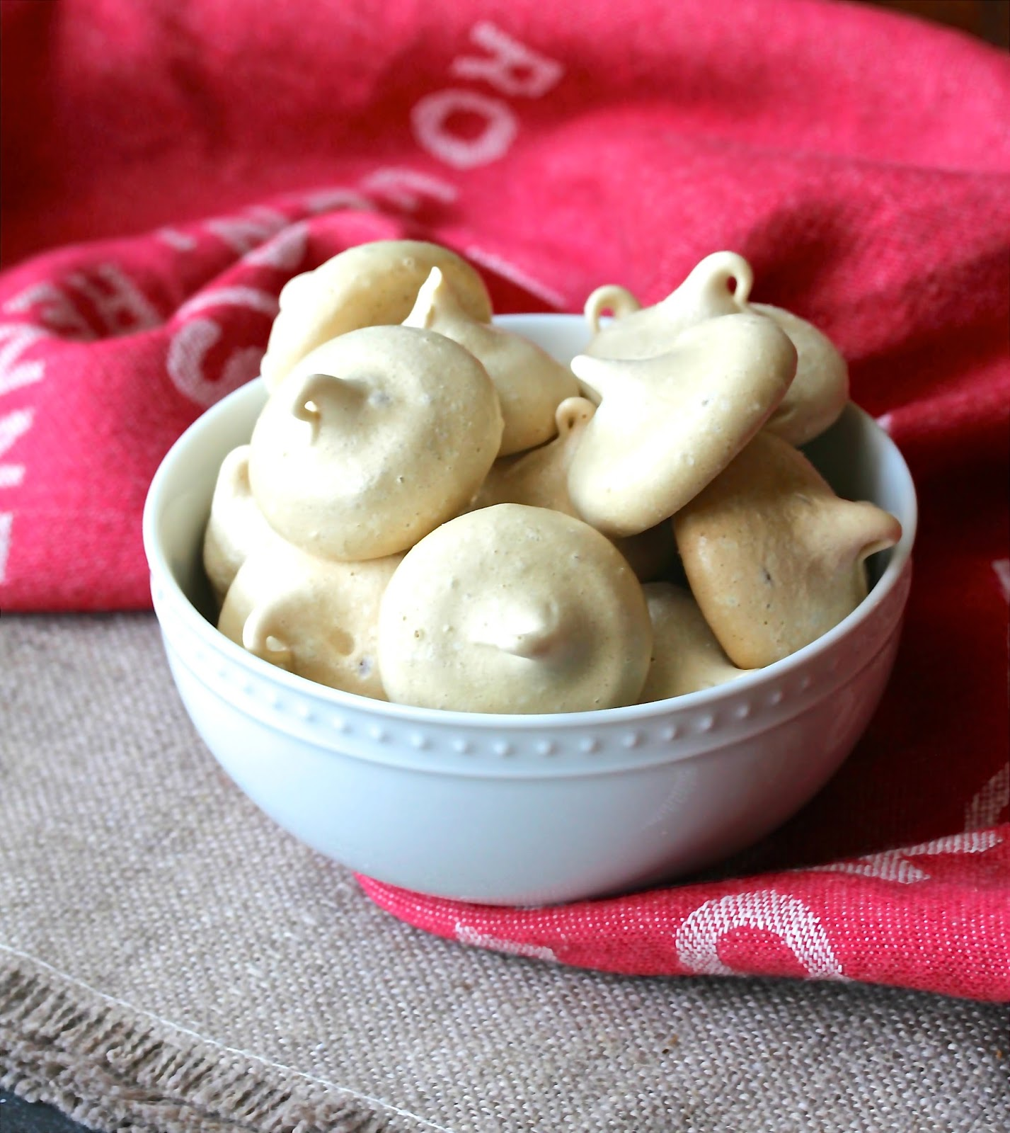 Espresso Meringue Cookies | #CreativeCookieExchange ...