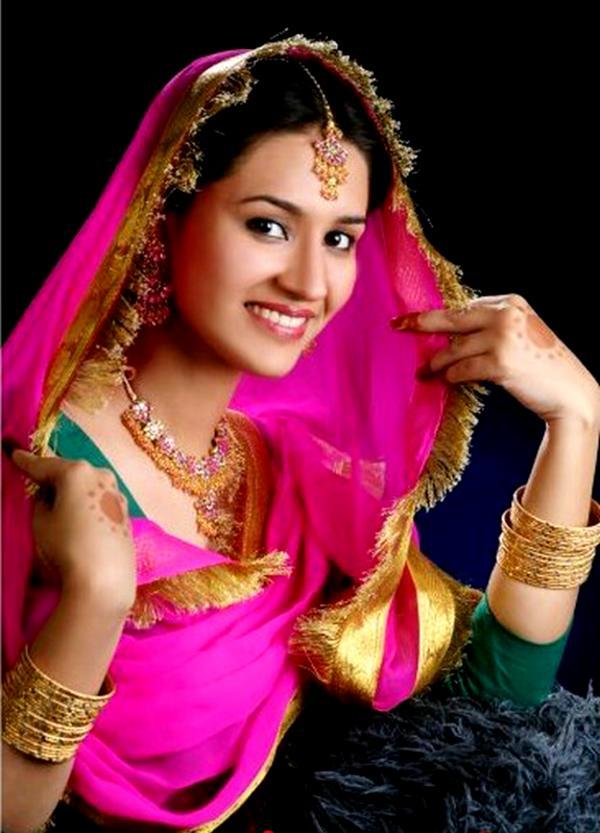 All Post 24 Punjabi Dresses For Girls 2012-4385