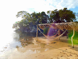 #loveroatan, #payabay, #payabayresort, #supportroatan, #visitroatan, chillout stations, golden triangle, magic of paya, paya bay resort, sunsets,