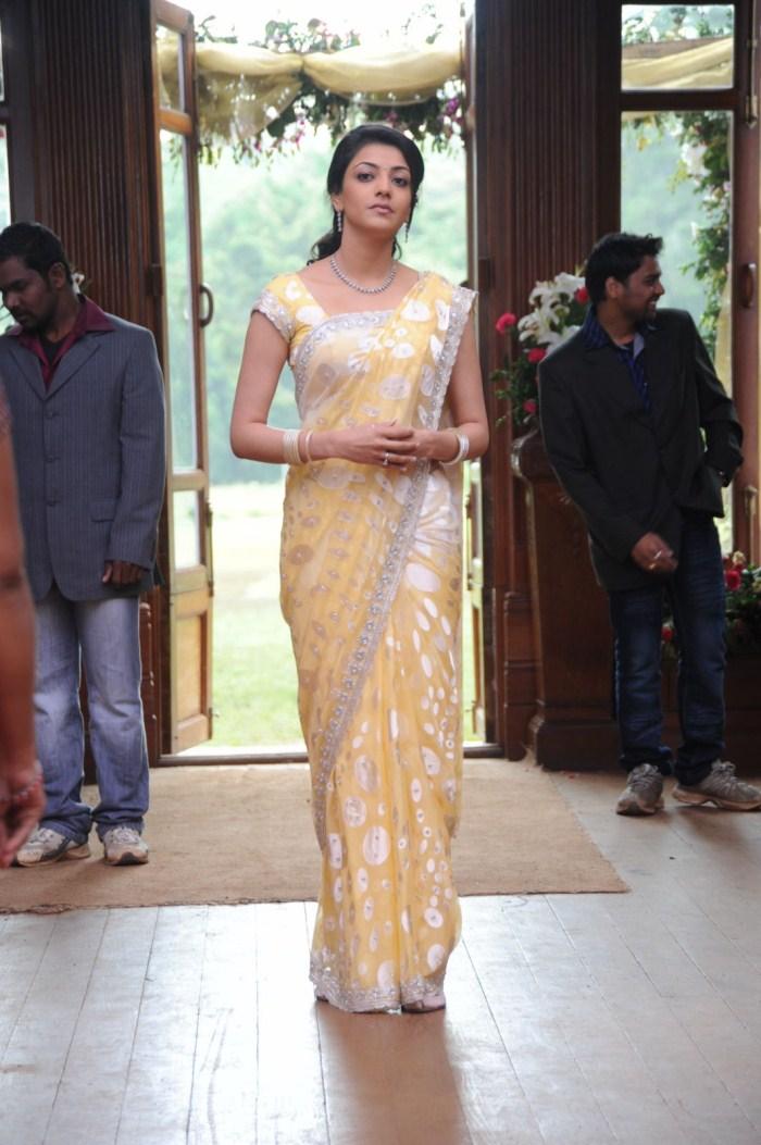 Glamours South Indian Girl Kajal Agarwal Hot Photos In Designer Yellow Saree