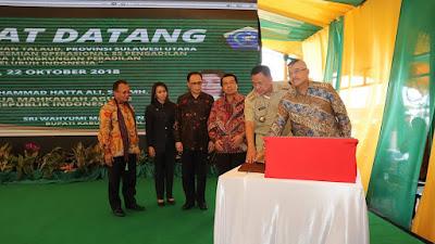 Ketua Mahkama Agung Bersama Gubernur Sulut Resmikan 85 Pengadilan se Indonesia