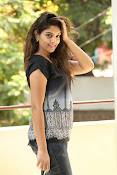 Karuna photos in jeans-thumbnail-17