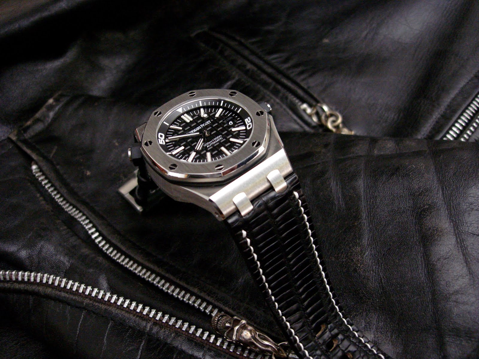 Audemars Piguet ROOS Diver on Teju Lizard