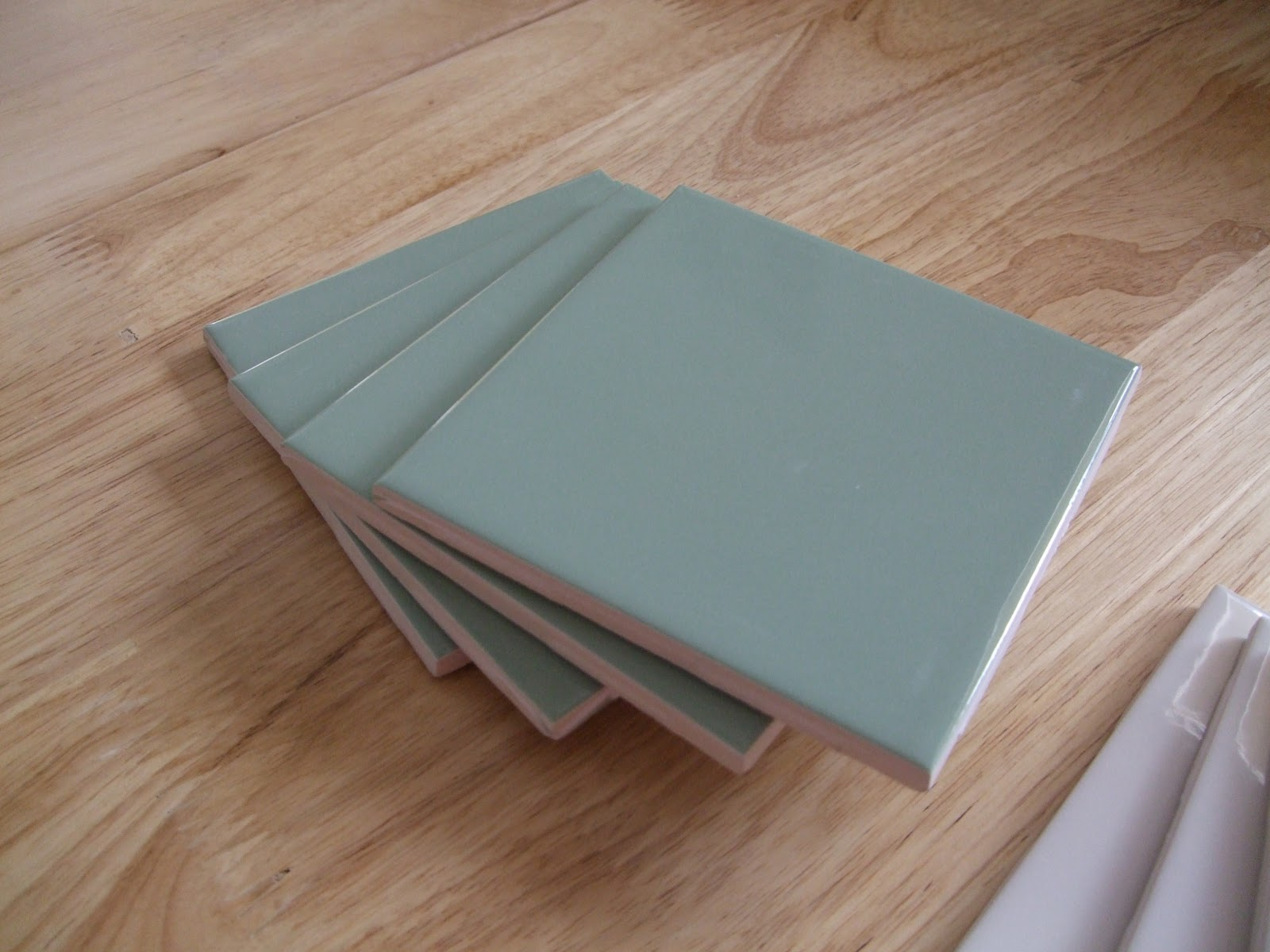 Diy Table Coasters Why Buy When You Can Diy Ceramic Tile Coasters