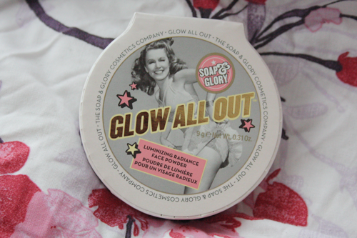 soap & glory glow all out luminizing face powder packaging