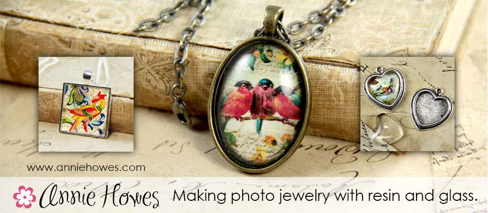 Annie Howes Photo Jewelry Making