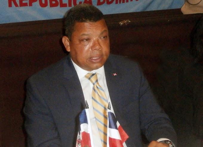 Presidente del Instituto Duartiano en NY pide al congreso aprobar ley de símbolos patrios