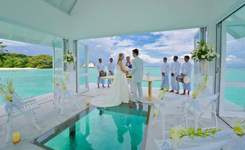 Wedding Locations Destination Weddings Overwater Bungalows Romantic Getaways