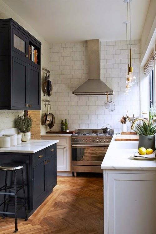 Black and White Interior Design Inspiration - modern farmhouse kitchen with two-tone cabinets. #blackandwhite