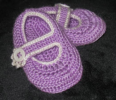 crocheted mary jane booties for girls