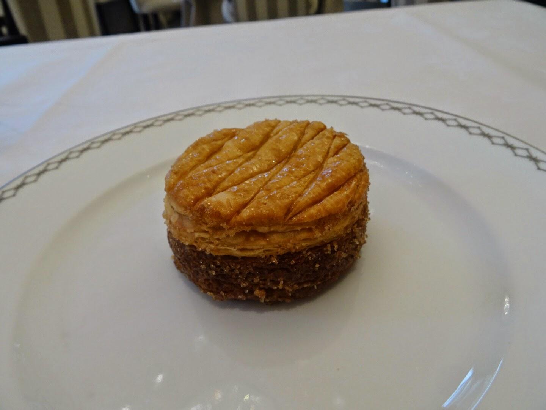 Dessert Le Lobby Hôtel Péninsula Paris 16 ème.