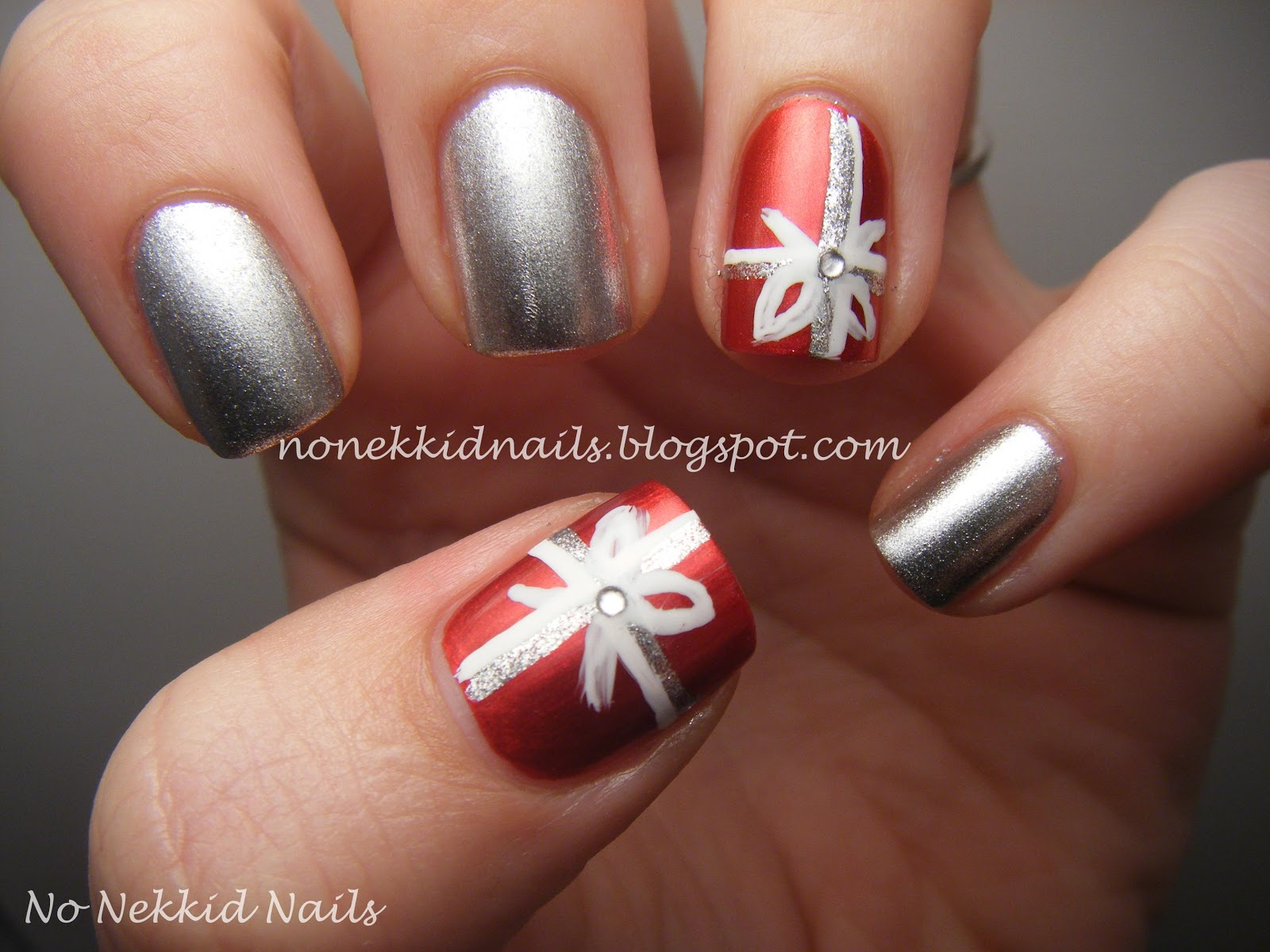 Christmas Present Nail Designs | www.imgkid.com - The ...