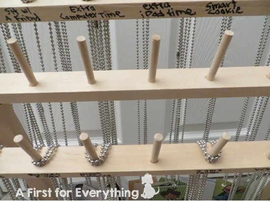 Ways to store and organize brag tags (a positive classroom management tool).