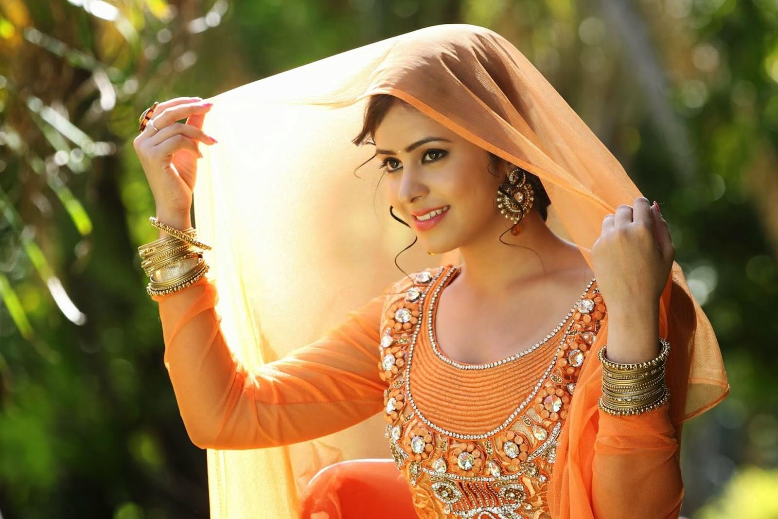 punjab-garl-neud-photo