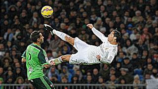 Cristiano Ronaldo ● Top 10 Unimaginable Goals