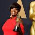 Pare o que está fazendo para ver Viola Davis recebendo um prêmio em Harvard