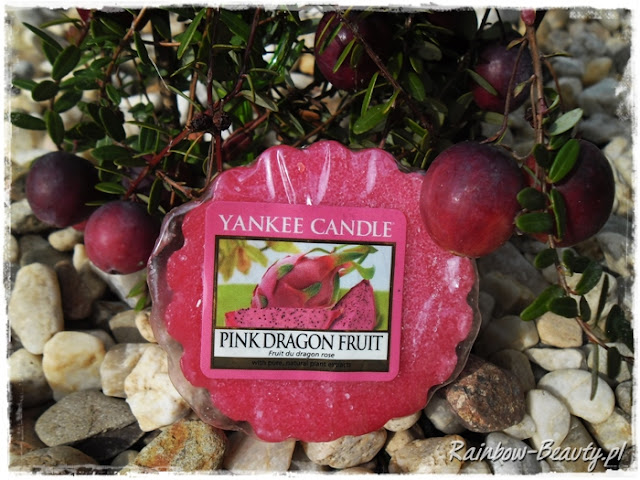 pink-dragon-fruit-yankee-candle