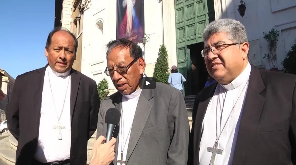 Monseñor Ticona acompañado por la CEB al conocer su nombramiento como cardenal / CAPTURA ROMA REPORT