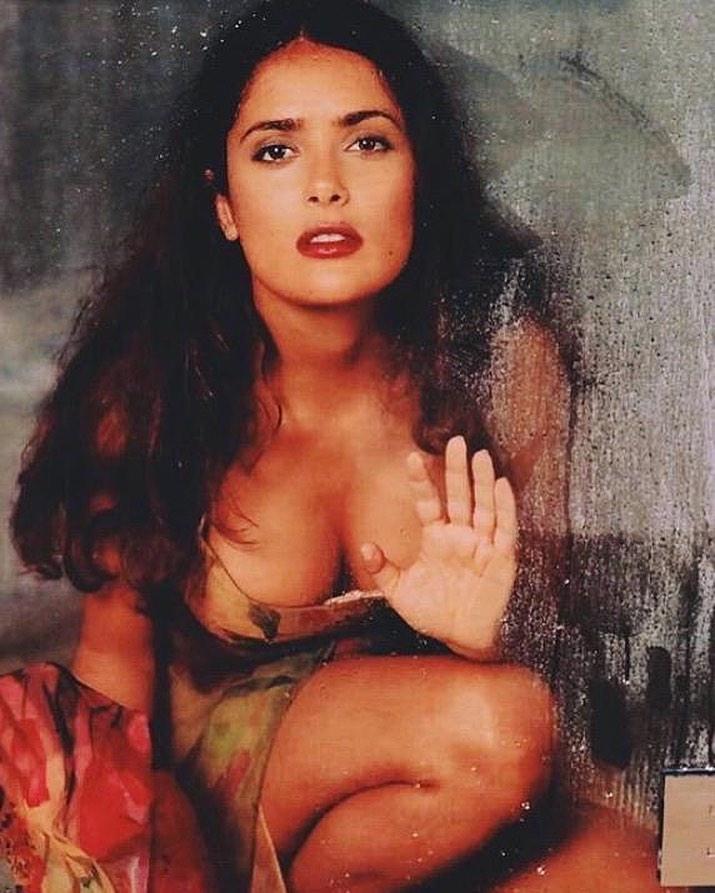 Salma Hayek beautiful breasts