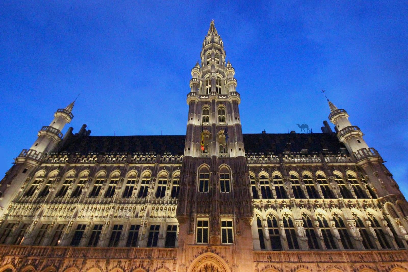 Le Chameau Bleu - Hotel de ville de Bruxelles Belgique - escapade en belgique