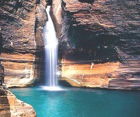 tempat-objek-wisata-dunia-dengan-pemandangan-alam-terindah