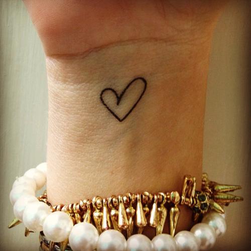 22 Delightful Heart Tattoos For Women