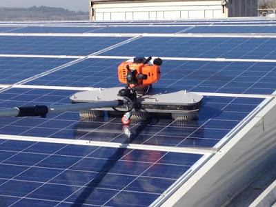 pulire-pannelli-fotovoltaici-robot