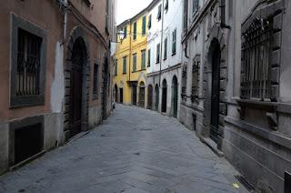 http://www.marcocavallini.it/pontremoli.html