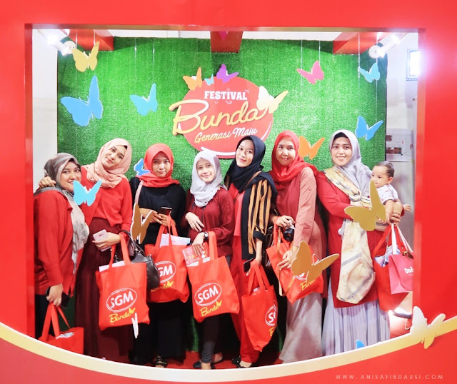 Event SGM Bunda Festival Bunda Generasi Maju di Taman Tegallega Bandung