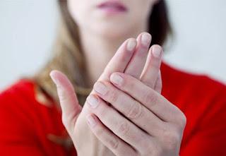 4+1 συμπτώματα που μαρτυρούν την έλλειψη ασβεστίου στον οργανισμό