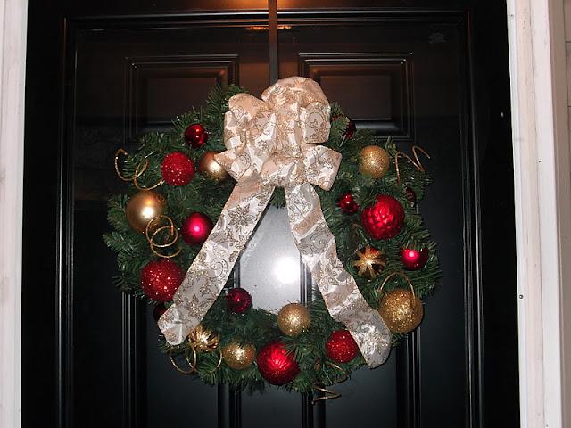 Organized Chaos: Christmas Decorations