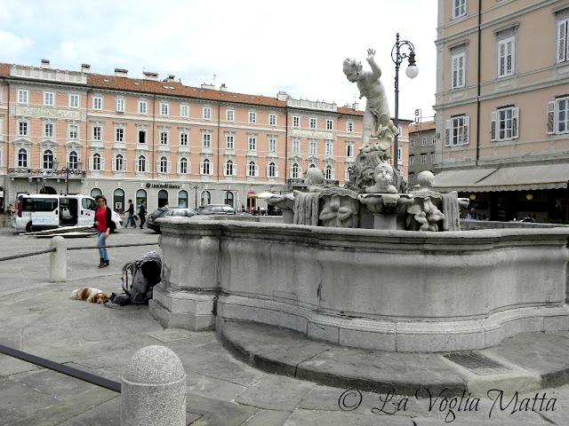 Piazza Ponterosso a Trieste
