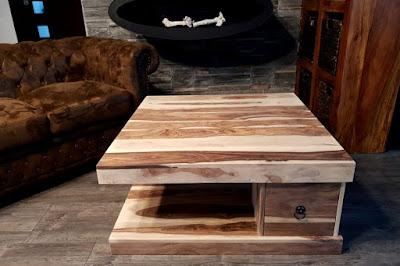 stolíky Reaction, nábytok z masívneho dreva, drevený nábytok