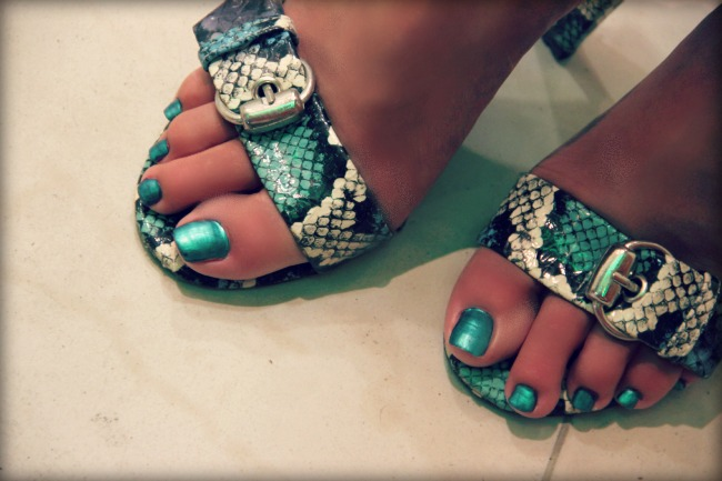blue green snakeskin print sandals and metallic blue green nails
