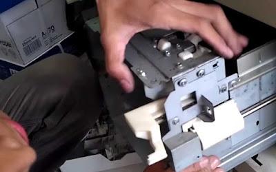 Update Memperbaiki kaset yang tidak bisa menarik kertas canon IR