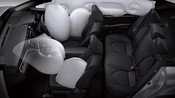 Spesifikasi Toyota All New Camry 2019