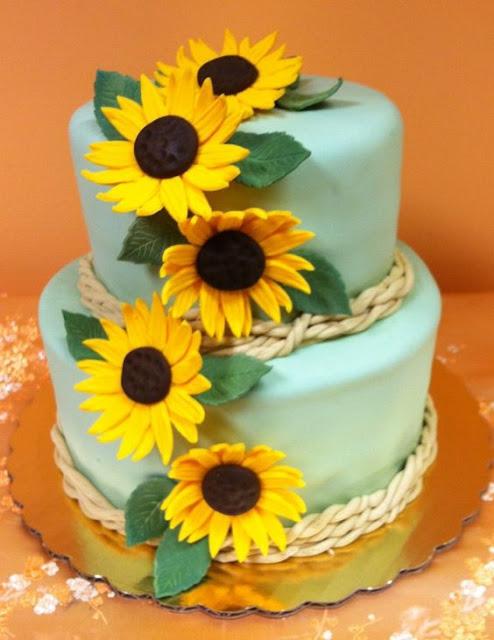 bánh sinh nhật có hoa hướng dương