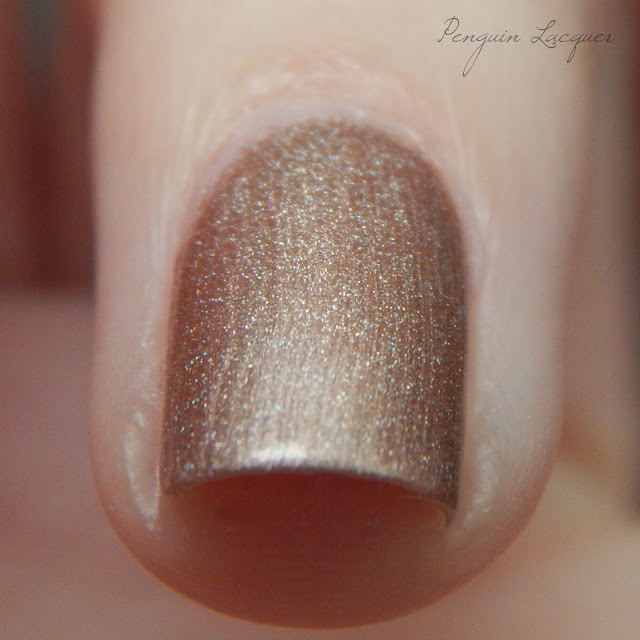 rival de loop high shine nail colour 04 makro