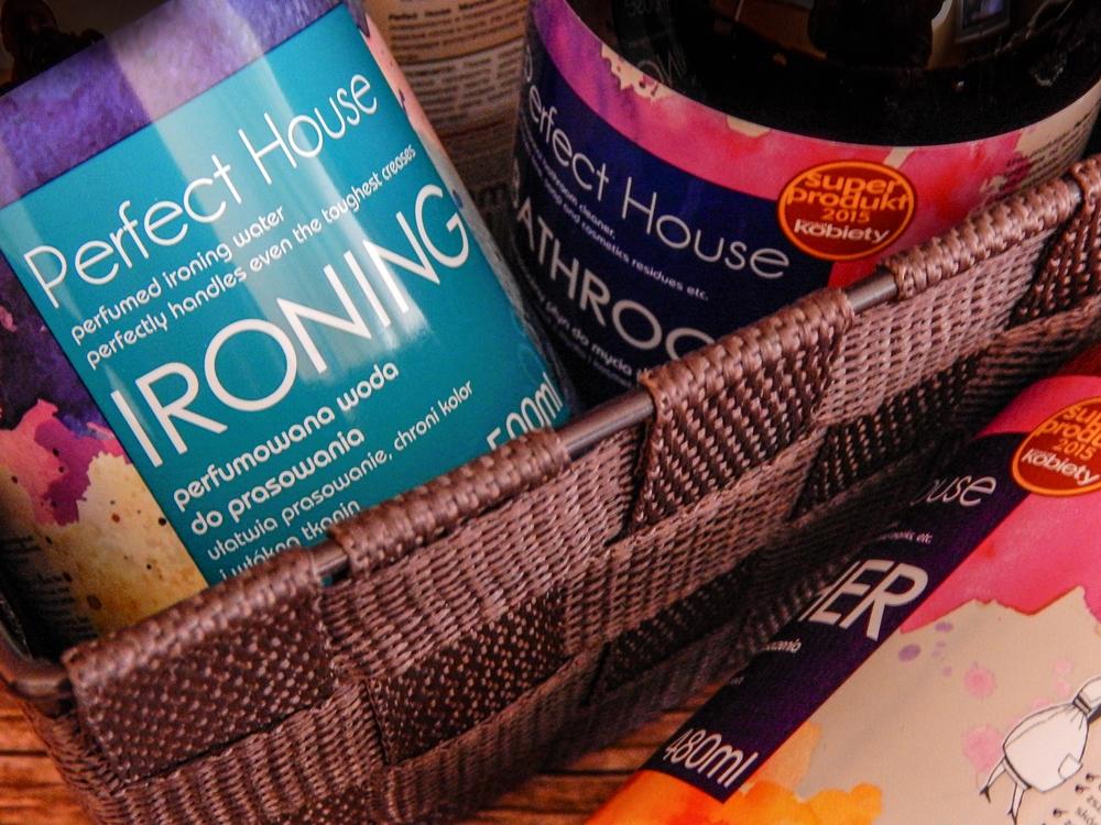 5 barwa perfect house kosmetyki do pielęgnacji domu porady na wiosenne porządki perfumowana woda do prasowania recenzja melodylaniella płyn do mycia podłóg specyfiki do mebli do czyszczenia do sprzątania skóry
