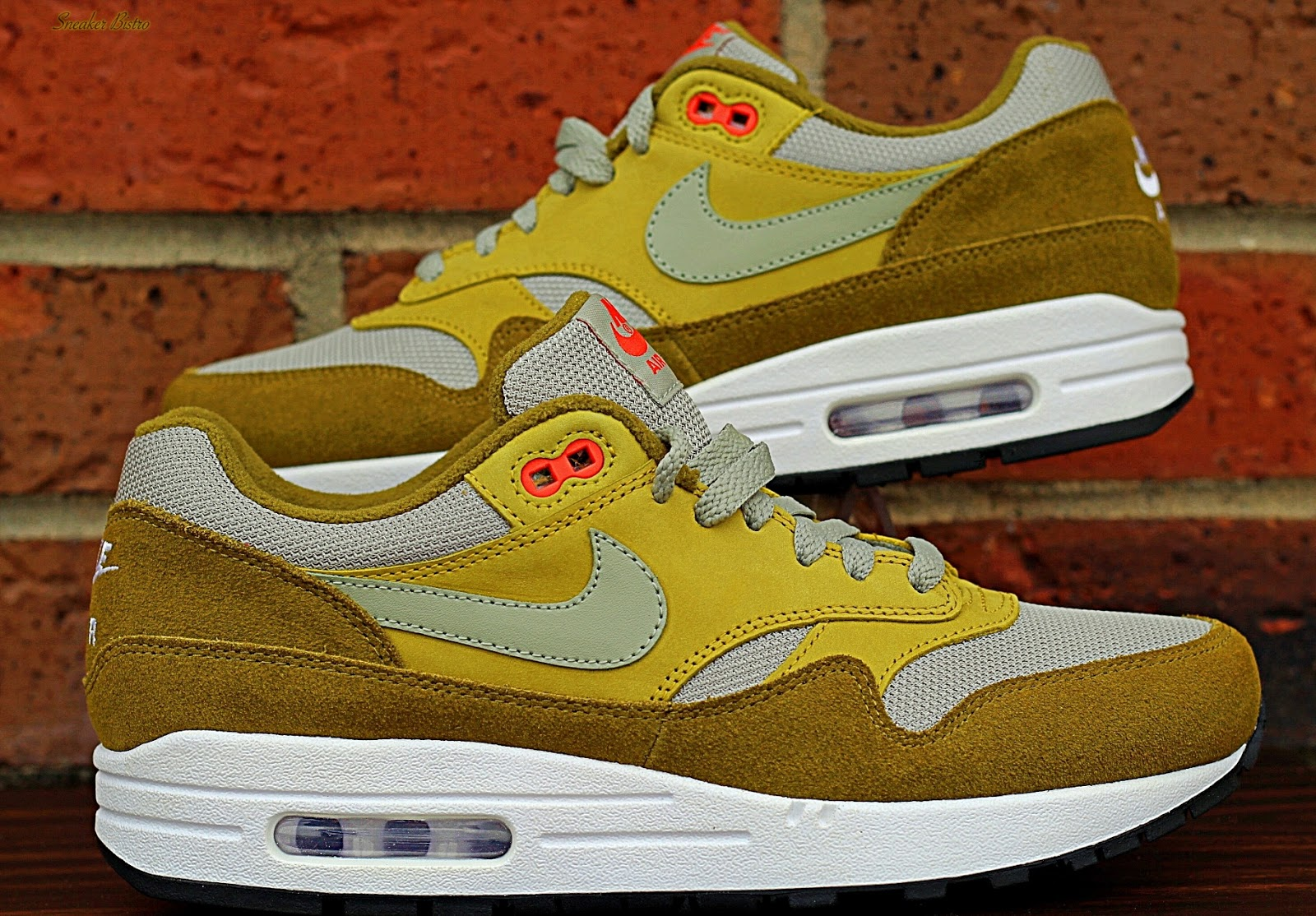 check out 1fb2b c5671 Nike Air Max 1 Premium Retro Red Curry   Green Curry. Green Curry
