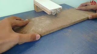 Cara Membuat Jigsaw Meja dengan Tenaga Bor