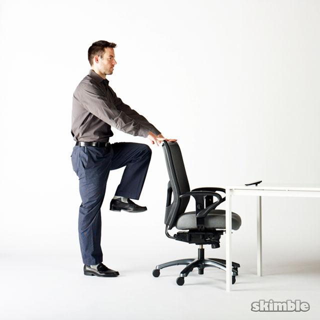 Bagi Anda yang menghabiskan sebagian besar waktu di kantor 5 Cara Lakukan Olahraga Ringan di Kantor