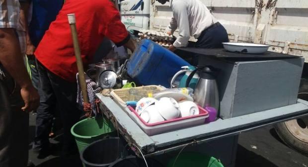 """عاجل:حجز عربات""""الساندويتشات"""" ومواد غذائية ومأكولات فاسدة وسط مدينة انزكان"""