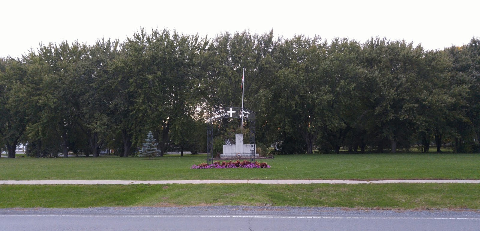 Ontario War Memorials: Cornwall - Silver Cross Remembrance Park